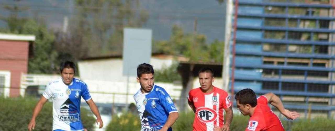 Con Sergio Jadue en la tribunas, Unión La Calera logró reponerse y vencer por 2-1 a Antofagasta en condición de local y así sumar sus primeros tres puntos del torneo.