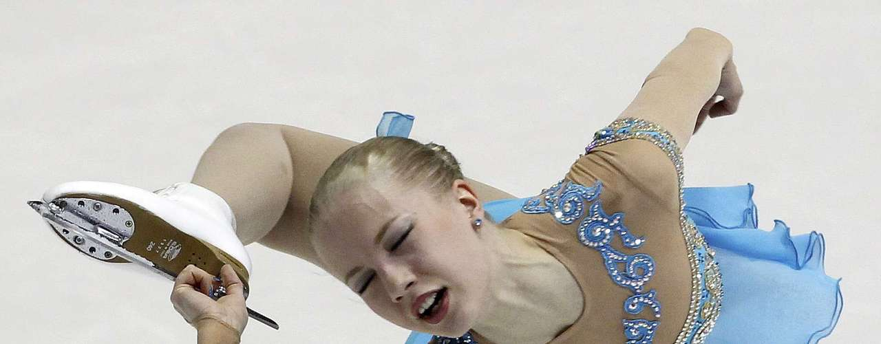 Juulia Turkkila of Finland performs during the women's free skating program at the European Figure Skating Championships in Zagreb January 26, 2013.    REUTERS/Antonio Bronic (CROATIA  - Tags: SPORT FIGURE SKATING)