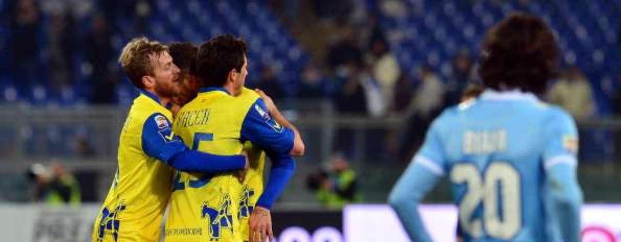 El sábado, Lazio cayó 1-0 en el Olímpico de Roma ante Chievo y cayó al tercer sitio.