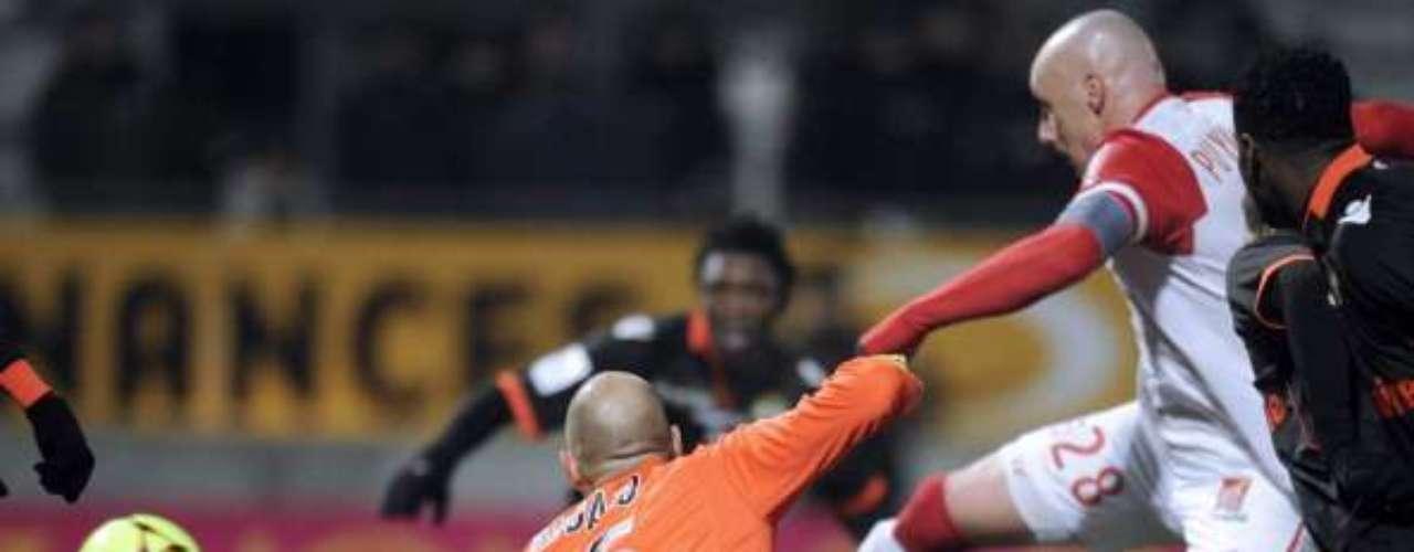 El colero Nancy derrotó 2-1 a Lorient, pero no le alcanzó para salir del sótano, porque Troyes también ganó.
