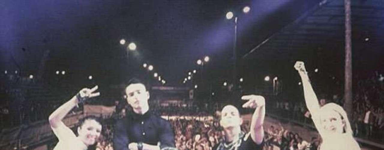En su cuenta de Instagram, el cantante publica imágenes de su cotidianidad. Esta imagen es de uno de sus conciertos en Villavicencio.