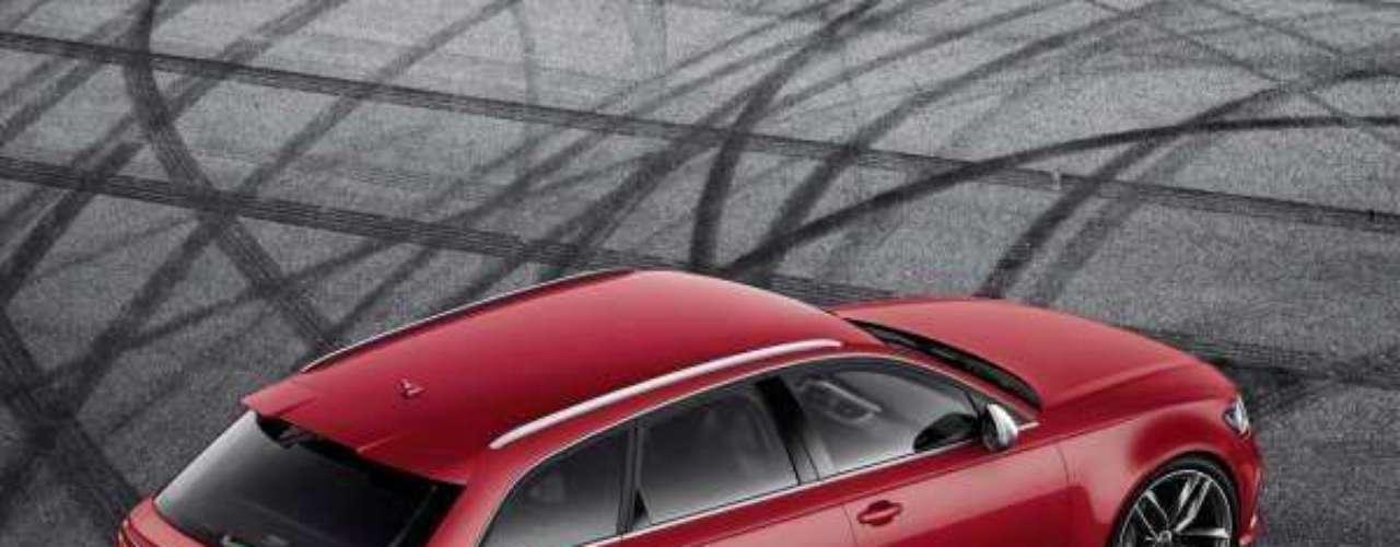 Foto Audi RS6 Avant 2013