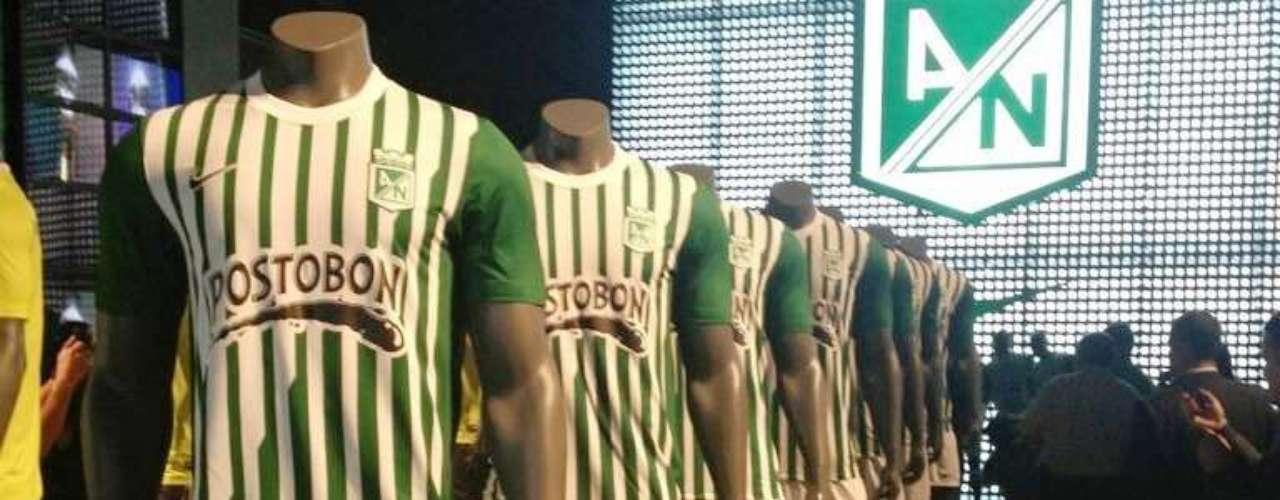 Camiseta Nike oficial de Atlético Nacional para el año 2013, la cual tendrá un costo de $ 139.900.