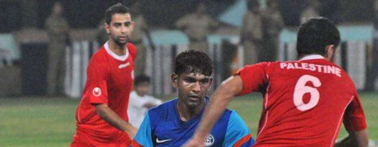 David versus Goliath: Neither India nor Palestine has much of a soccer tradition to speak of. But some facts cannot be ignored. India is a country of 1.2 billion people. Palestine has less than 4 million. And yet it was Palestine who doubled up India 4-2 on Wednesday in a game played in India.