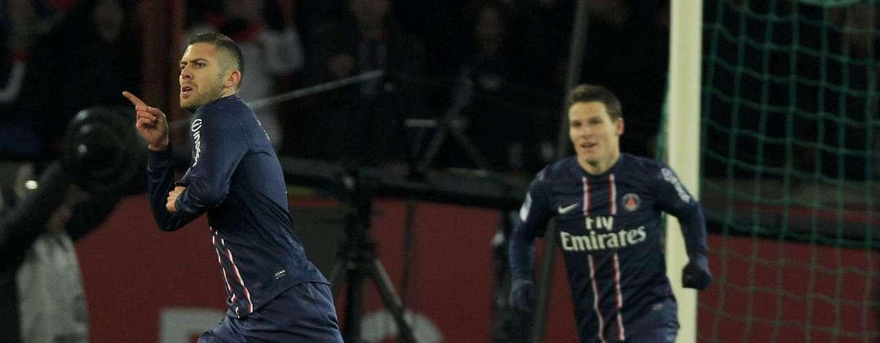 Paris Saint-Germain's Jeremy Menez (L) celebrates after scoring against Bastia during the French Ligue 1 soccer match.