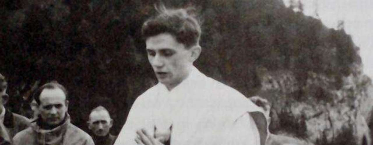 Ratzinger was part of the Hitler youth, when participation was mandatory. He never was part of a Nazi party, and his familiy was opposed to Adolf Hitler's regime.  It was in 1952 as a priest that he started to teach the dogma of faith in several German schools and universities. He was a teacher until 1977. The picture shows Ratzinger celebrating a mass in the mountains of Ruhpolding, in the south of Germany.