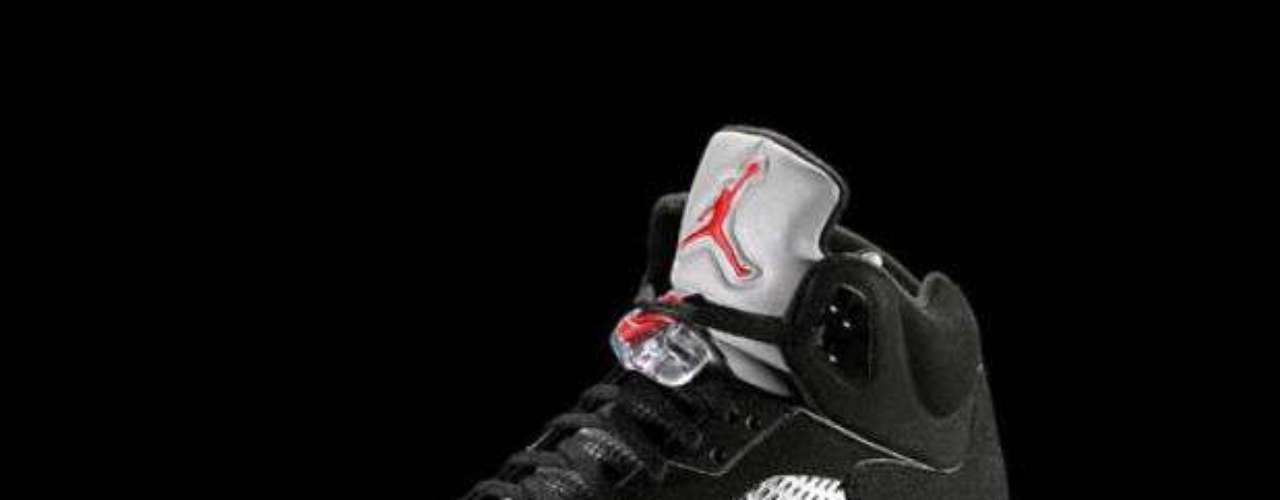 Con el paso de los años, Jordan fue revolucionando la industria del calzado en la NBA.