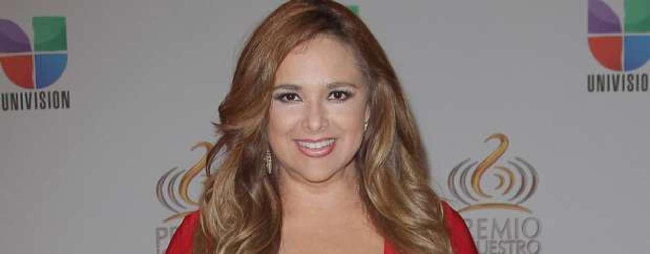 Jessica Fox -Se vienen los Premios Lo Nuestro A La Música Latina y para ir calentando el ambiente te traemos los escotes más llamativos y sensuales que han llevado las espectaculares féminas a través de los años en su paso por la alfombra roja en la gran fiesta de la música latina.