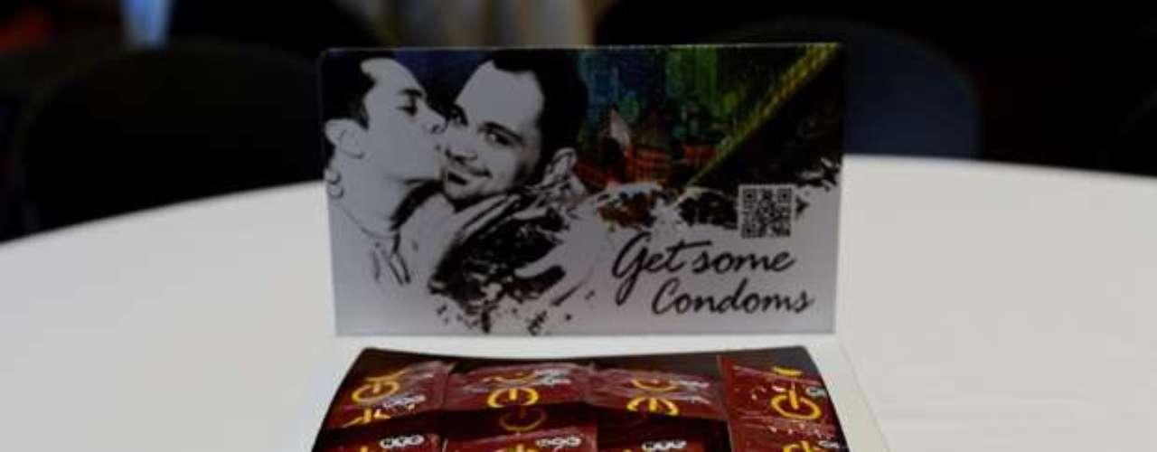 Casi una década más tarde, en 2007, la ciudad resolvió crear una marca propia y lanzó campañas para volver más atractivo el uso del preservativo, lo que llevó el número de condones distribuidos a 18 millones, en comparación con los 3 millones del año anterior.