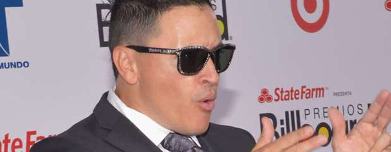 A pesar del escándo sexual,Elvis Crespoestá anunciado para hacer un dúo con el reggaetonero panameño, Fito Blanko.