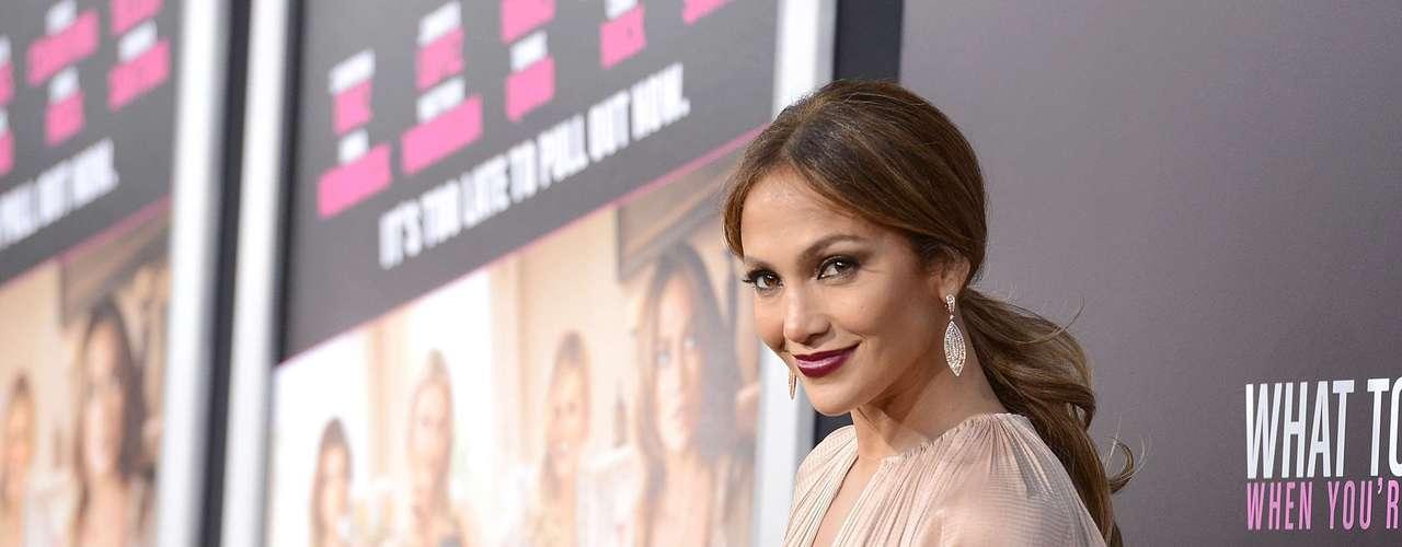 Jennifer Lopez. De esta comedia que protagonizó junto a Cameron Díaz, JLo se puede llevar el premio por su mala actuación en What to Expect When You're Expecting. Y no es la primera vez que resulta nominada en los Razzies.