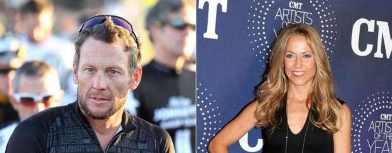 Lance Armstrong y Sheryl Crow: Antes de caer en desgracia, el ex ciclista estadounidense salió con la cantante y compositora entre 2005 y 2006, llegando a comprometerse en septiembre de 2005.