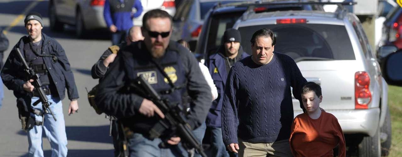 La masacre de Newtown reavivó el debate del control de armas y movilizó a la Casa Blanca a poner freno a la violencia con armas de fuego.
