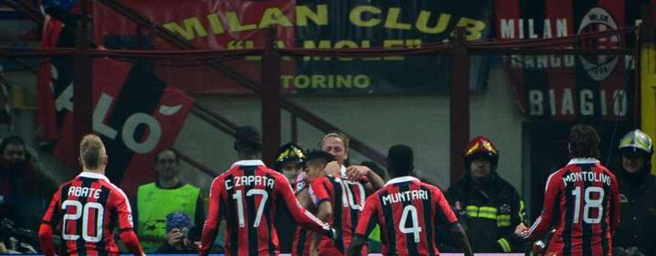 Con goles de Muntari y Boateng, el Milan venció este miércoles al Barcelona en su duelo de ida por los octavos de final de la Champinos League, cortando una racha positiva del club catalán sobre el club italiano que se remontaba al 2004.