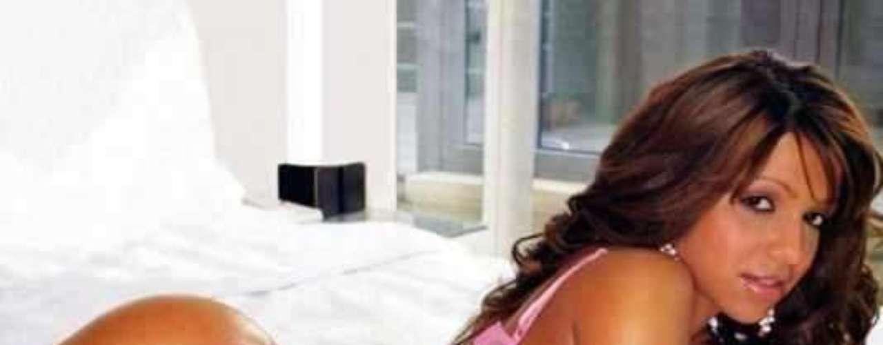 No hay cubana más exuberante que Vida Guerra, quien expuso sus propias fotos al desnudo para ganar admiradores en todo el continente americano. En México, tiene fans por montones.Actrices de novela: ¿De quién es esta gran 'pechonalidad'?Actrices que se 'inflamaron' con el tiempoEstrellas de novela que se han desnudado en PlayboyDos actrices, un personaje... ¿Quién lo hizo mejor?