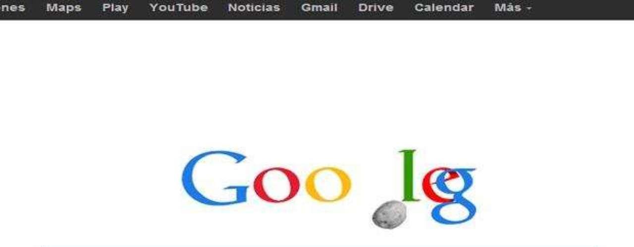 15 de febrero: Google retiró el doodle que había dedicado con motivo del paso cerca de la Tierra del asteroide 2012 DA14, luego de la caída de un meteorito en Rusia que dejó más de mil heridos. En el doodle animado la última \