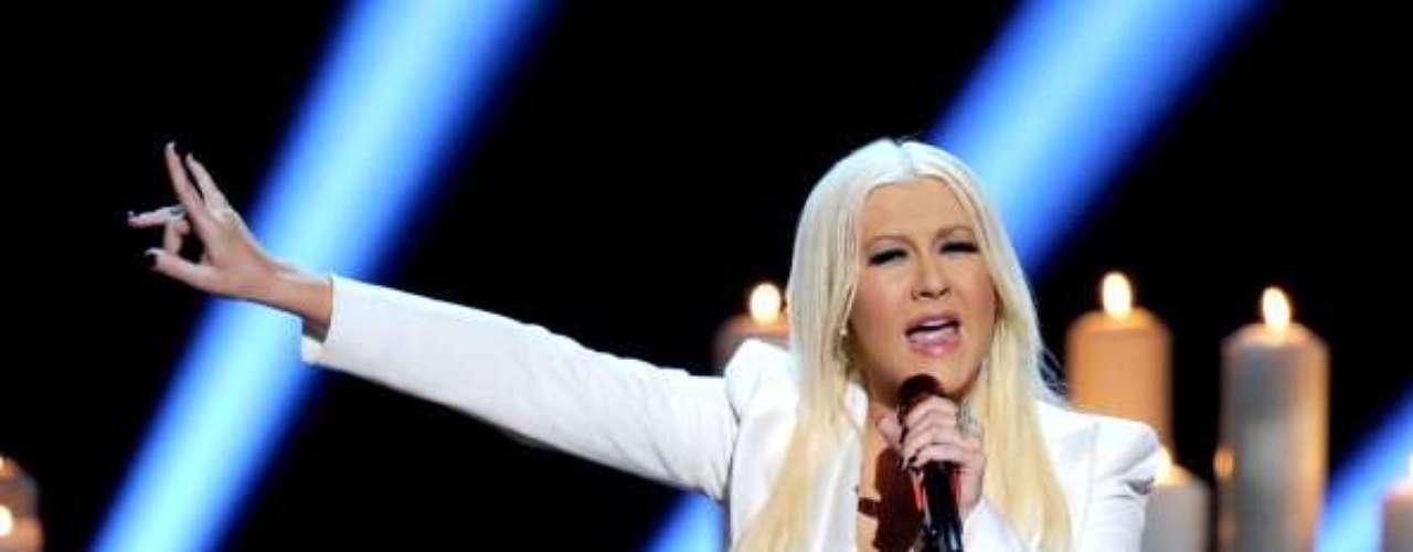 A finales de 2010 circularon por internet varias imágenes muy íntimas de Christina Aguilera, en donde se le ve con distintos atuendos altamente provocativos y en poses sugerentes.