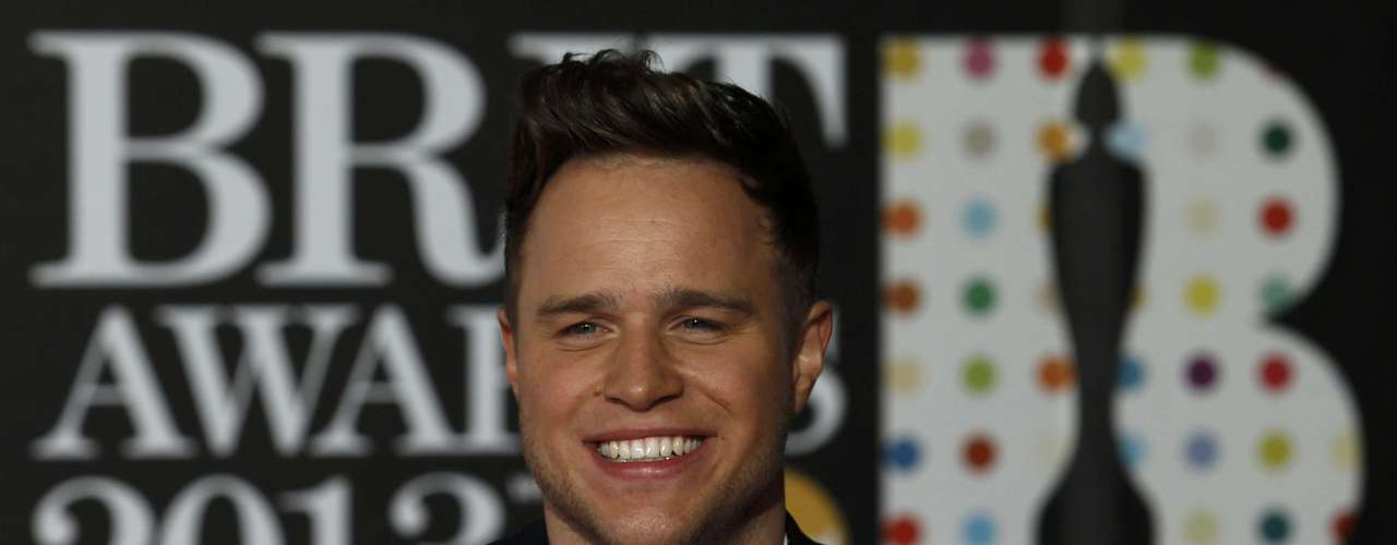 Singer Olly Murs arrives for the BRIT Awards, celebrating British pop music, at the O2 Arena in London February 20, 2013. REUTERS/Luke Macgregor (BRITAIN  - Tags: ENTERTAINMENT)