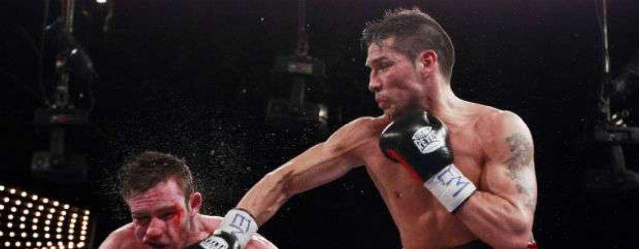 Una más de las víctimas del sudamericano ha sido el irlandés Matthew Macklin. Martínez lo derrotó con amplitud.