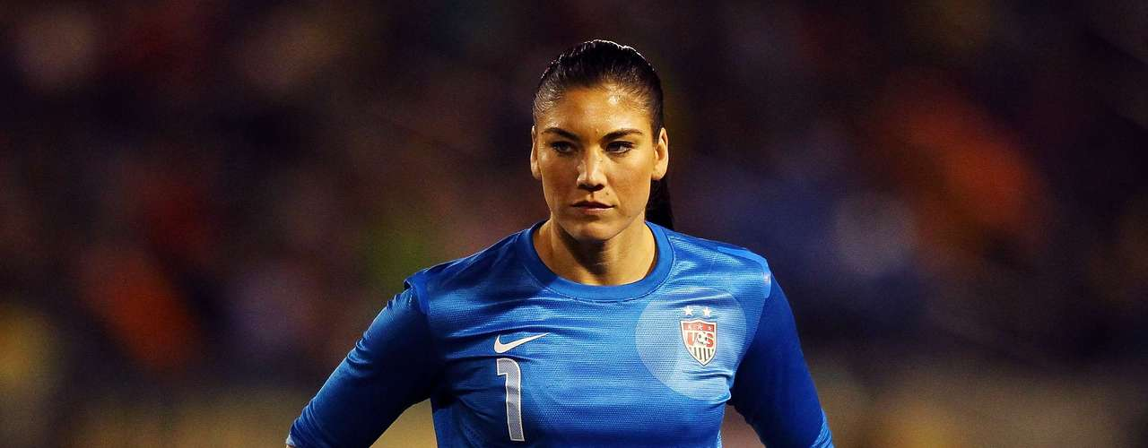 Hope Solo (Soccer-US): The beautiful starting goalkeeper for the American national team has been an Olympic Champion in 2008 and 2012 as well as World Cup runner-up in 2011.