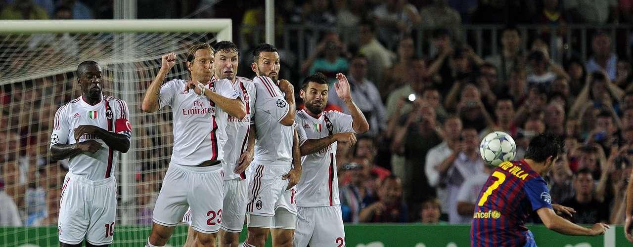 13 de septiembre de 2011,Camp Nou: por la Champions de la temporada 2011-12, abrieron el grupo H con un empate 2-2. Villa, de tiro libre, dejó su sello goleador.
