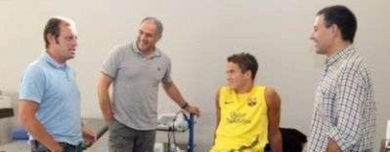 IBRAHIM AFELLAY. En septiembre de 2011 el jugador holandés sufrió una rotura del ligamento cruzado anterior de la rodilla izquierda, lo que le hizo perder terreno en una plantilla plagada de estrellas como la de Barcelona y al final tuvo que salir de la institución a mediados de 2012.