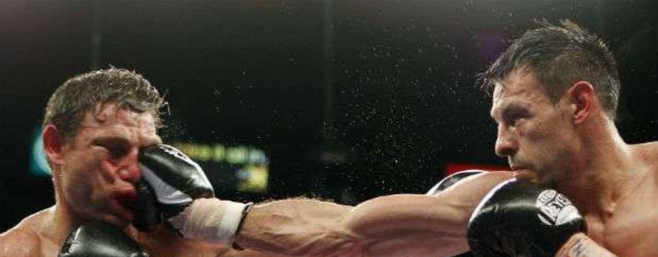 El australiano Michael Katsidis ha sido una de las víctimas de Guerrero al que venció en el 2011 por decisión unánime. El 'Fantasma' es zurdo y suele ser paciente al momento de atacar, por lo que podría darle problemas al Floyd Mayweather.