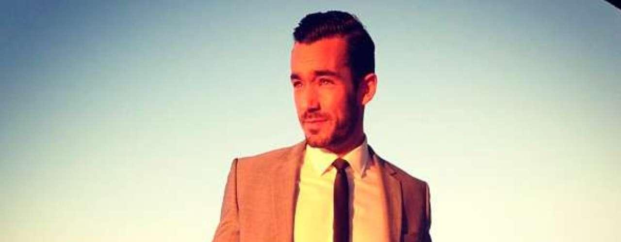 Comienza la noche latina de Premios Lo Nuestro y los famosos ya comienzan a reportarse en las redes sociales. @AaronDiazMX:\