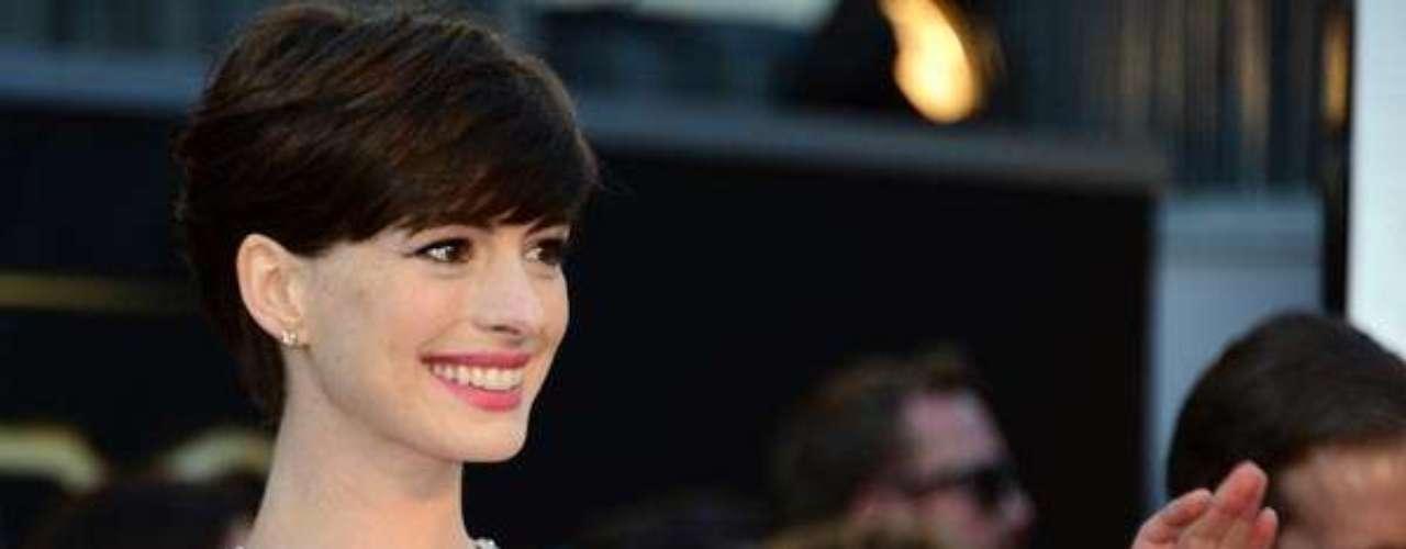 ¿Te gustó el vestido de Anne Hathaway?