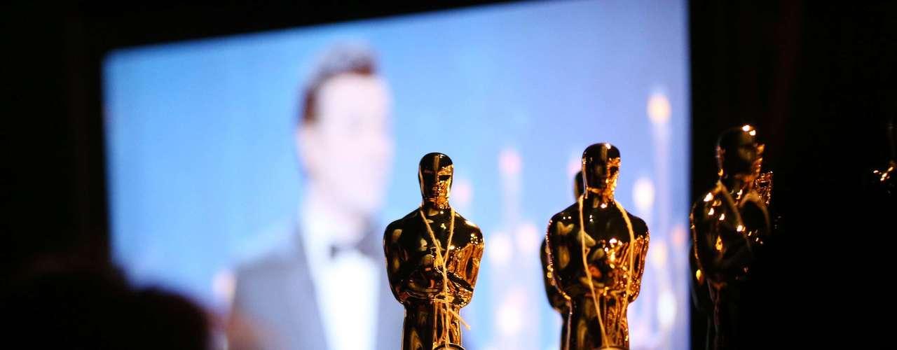 Una vista general de la atmósfera entre bastidores durante los Oscar 2013