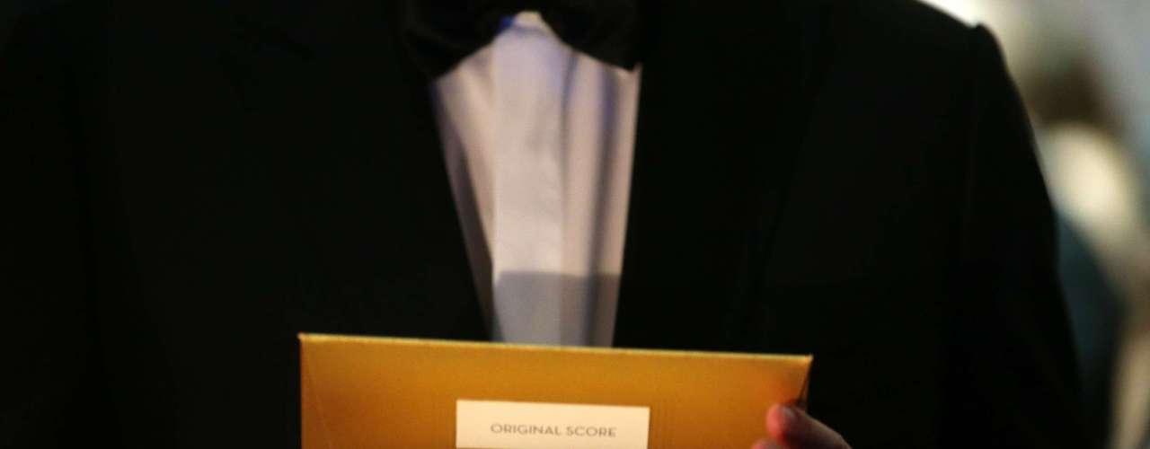 Uno de los secretos mejor guardados, más custodiadoes y cuidadosamente asegurados de la noche son los sobres con los nombres de los ganadores.