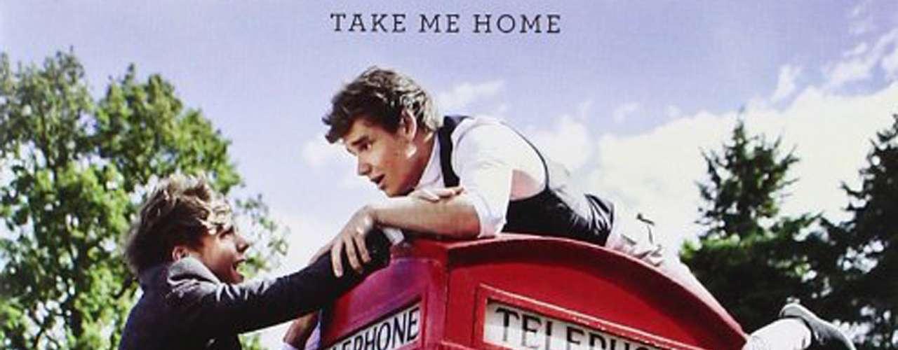 4. 'Take Me Home' de One Direction. La segunda producción musical de la boy band, que apenas se lanzó en noviembre de 2012, logró vender 4 millones 400 mil copias en un breve período de tiempo.