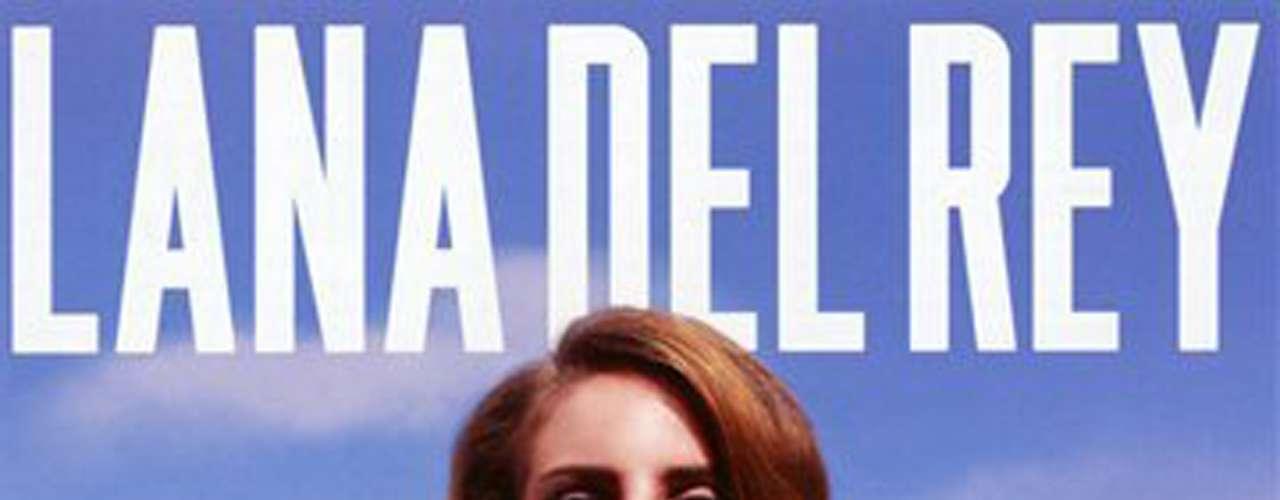 5. 'Born to Die' de Lana del Rey. El segundo álbum de estudio de la cantante estadounidense se ubicó en la quinta posición del top ten de los álbumes más vendidos a nivel global al colocar 3 millones 400 mil copias.