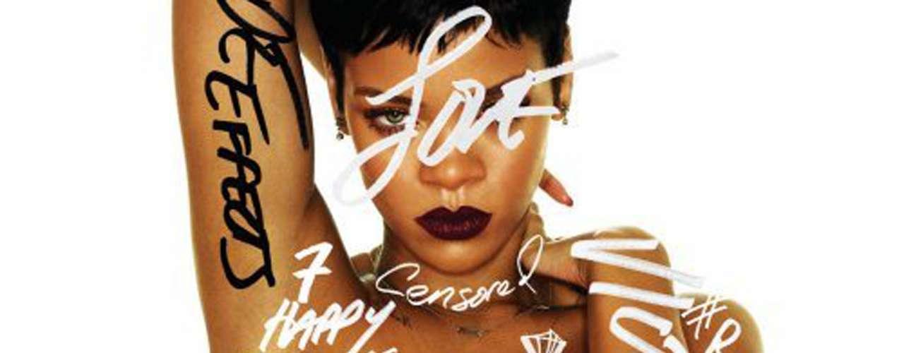 8. 'Unapologetic' de Rihanna. La originaria de Barbados sigue siendo una de las cantantes que más venden en el mundo. Durante el 2012 logró colocar 2 millones 300 mil copias de su séptimo álbum de estudio.