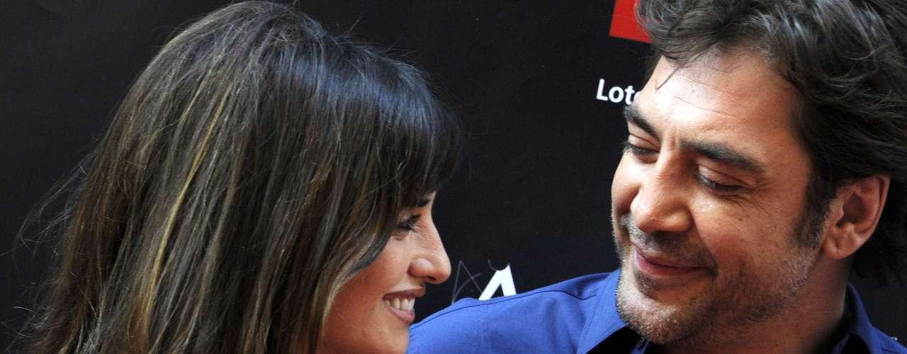 Los actores, ambos españoles, se casaron en Bahamas a escondidas en el verano del 2010, luego de conocerse muchos años atrás en la famosa cinta 'Jamón Jamón'.