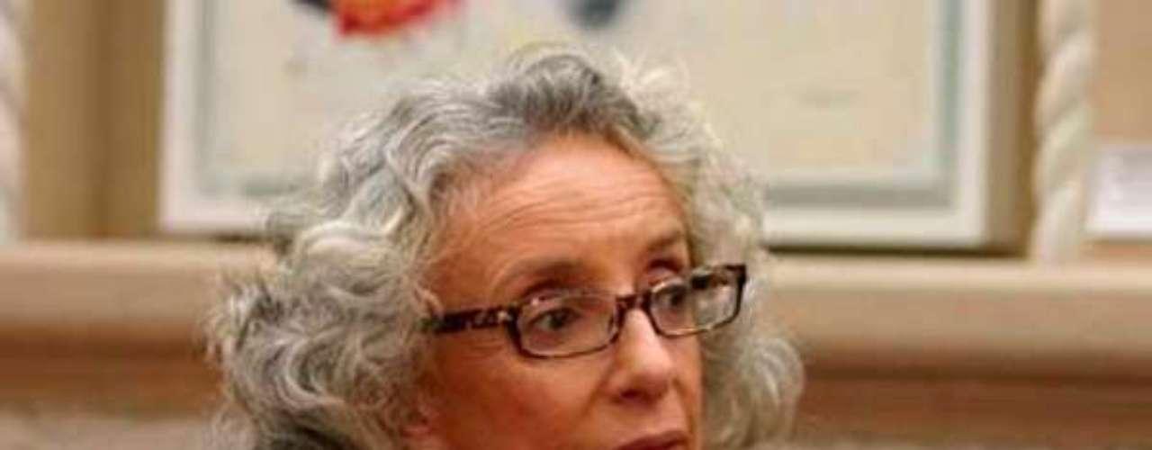 Es autora de libros como 'Feminismo. Transmisiones y retransmisiones' (2006) y 'Cuerpo: diferencia sexual y género' (2002).