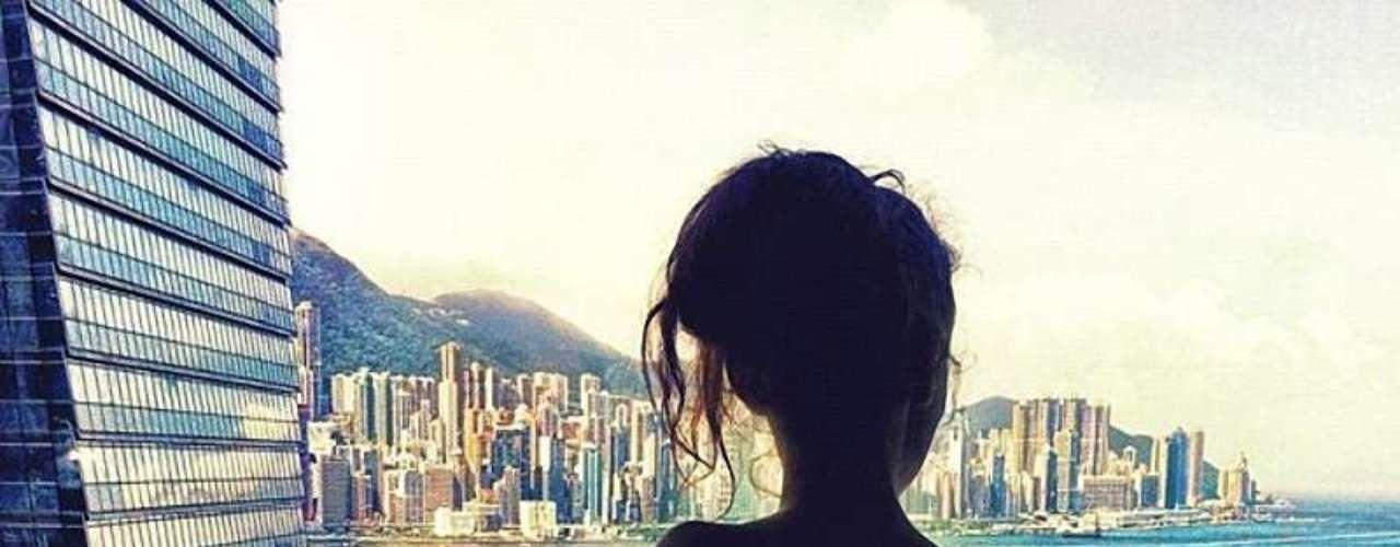 Nataly Zakharova, una joven rusa que se hizo famosa gracias a que se luce en diversas fotos en ciudades como Hong Kong, Bali o Singapur llevando de la mano a su novio Murad Osmann