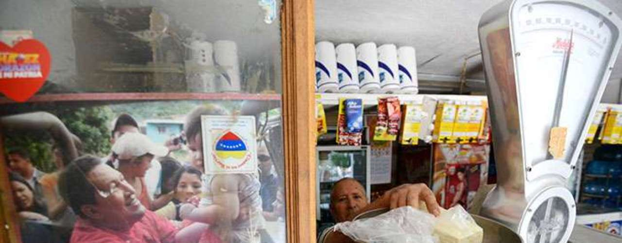 With regard to its economic, Venezuela requiresunavoidable reforms due to its high fiscal deficit, inflation and public debt.