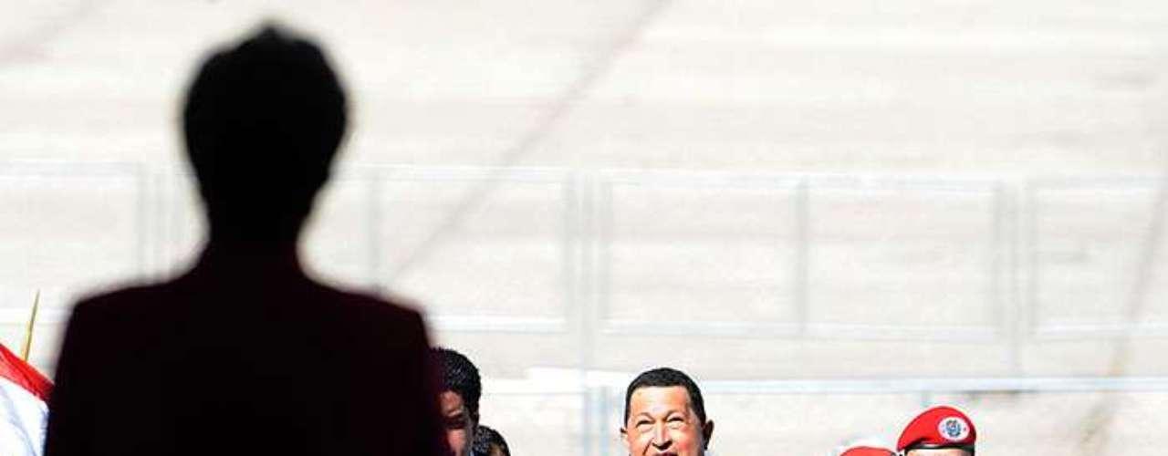 """La solución llegó con la suspensión de Paraguay, justificada por la destitución del presidente Fernando Lugo, aliado de Chávez, en un juicio político en el Legislativo paraguayo que Argentina, Brasil y Uruguay calificaron de """"golpe de Estado parlamentario""""."""