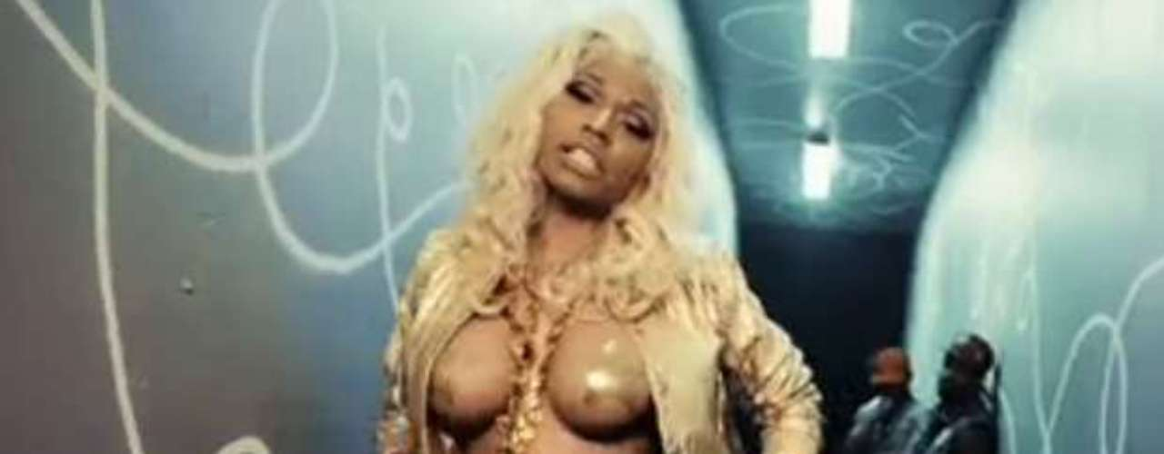 There's something about Nicki Minaj in French Montana's new video 'Freaks' that you just can't miss: her naked boobs in nothing but pasties! Check out the best of Nicki's liberated chest from the clip ahead.