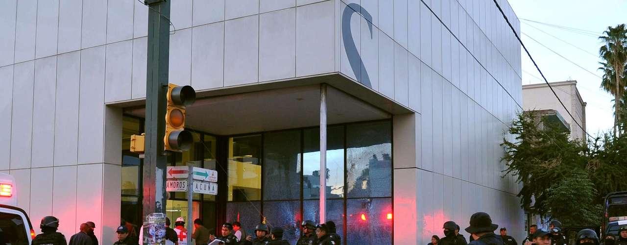Calderón puso en marcha un operativo militarizado en diciembre de 2006, y según organizaciones de derechos humanos desencadenó más violencia.