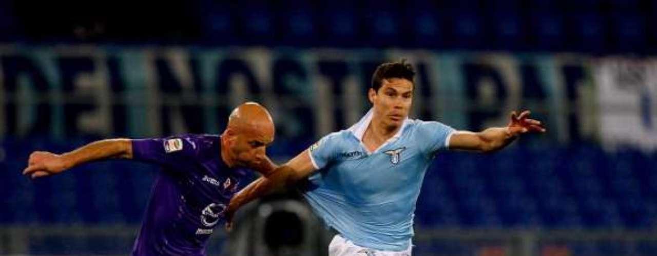 Finalmente en el 'país de la bota', la Fiorentina ganó 2-0 a Lazio en el Olímpico de Roma y subió hasta el cuarto lugar, mientras que los 'Aquilotti' cayeron a la sexta posición.