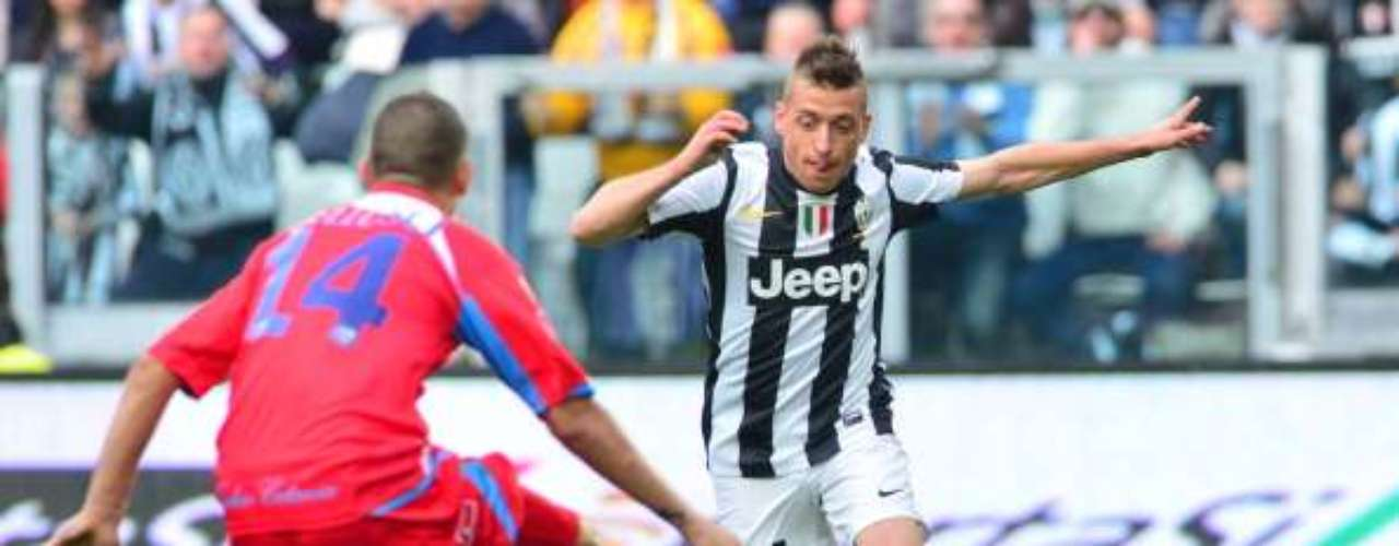 La 'Juve' sufrió mucho en casa, pero de último minuto, Emanuele Giaccherini (foto) firmó la victoria de la escuadra 'bianconera', misma que llegó a 62 puntos.