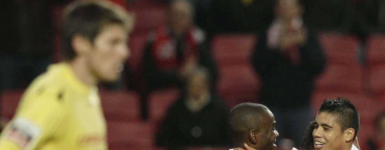 Benfica sigue líder en Portugal tras su victoria 5-0 sobre Gil Vicente