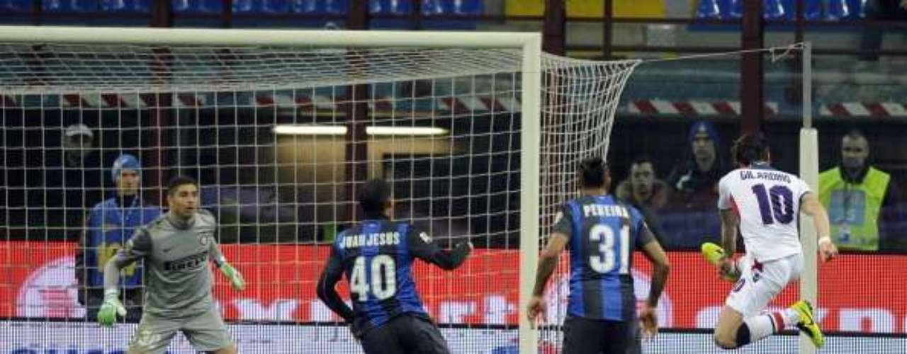 En el Giuseppe Meazza, Bologna venció 1-0 al Inter de Milán con este gol de Alberto Gilardino.