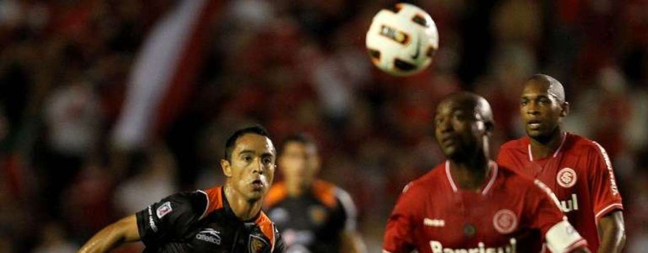 2011 - Internacional 4-0 Jaguares - Fase de Grupos