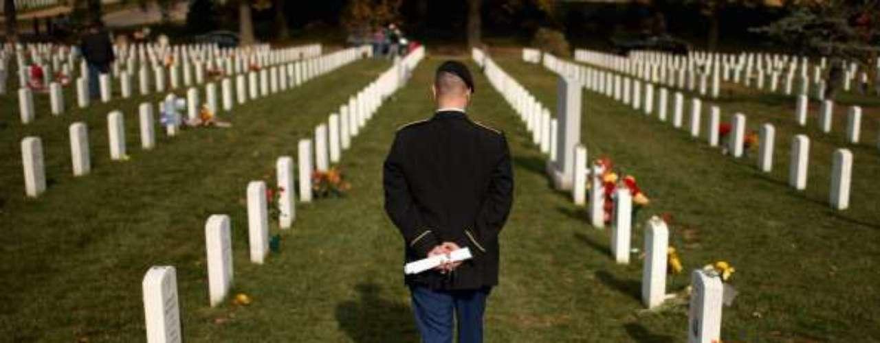 Las hostilidades en suelo irakícausaron la muerte de 4.800 soldados extranjeros, entre ellos una abrumadora mayoría de soldados estadounidenses.