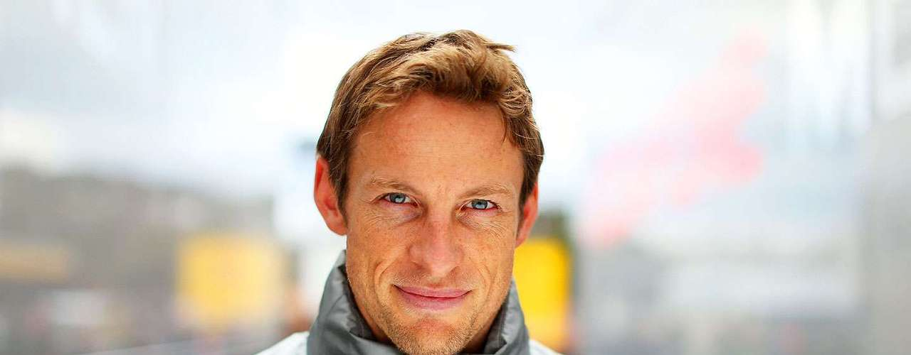 Jenson Button (McLaren). El veterano piloto británico es uno de los más consistentes en la máxima categoría. Con McLaren tuvo un 2012 discreto, pero efectivo ya que con un auto con muchos problemas se pudo colocar en la quinta posición del campeonato. Este año hace equipo con el mexicano Sergio Pérez
