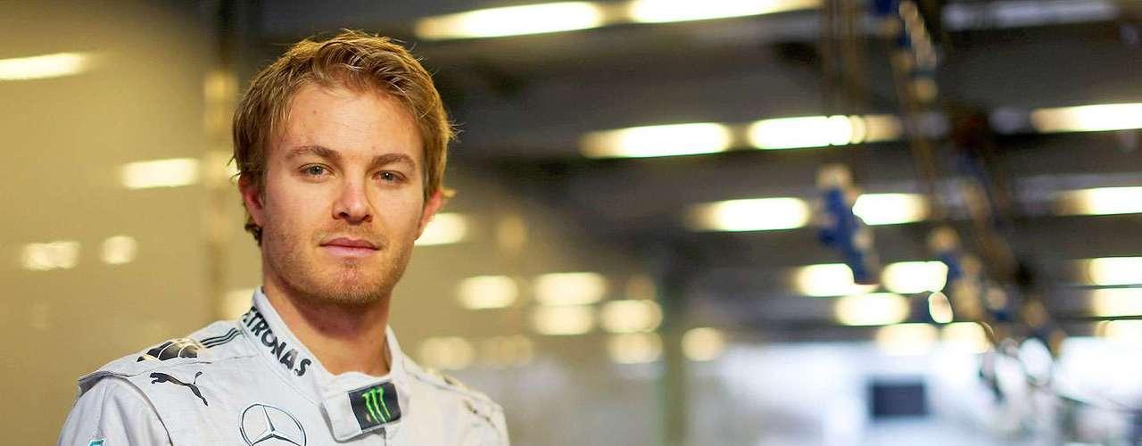 Nico Rosberg (Mercedes). El hijo del campeón de Fórmula 1, Keke Rosberg ha evolucionado de manera espectacular año tras año desde su debut en 2006. En la pretemporada en Barcelona mostró que es un piloto rápido con un auto confiable.