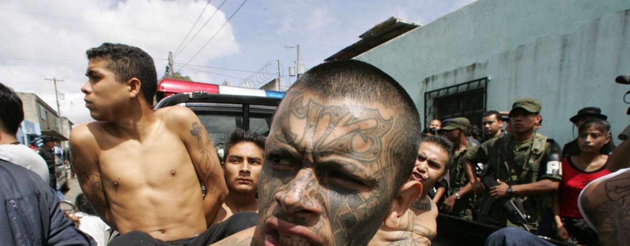 Con el fin de acaparar Centroamérica, el cártel de Los Zetas tiene nexos con las \